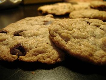 Chocolate_chip_cookies1